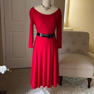Stunning red dress💃🏼💃🏼💃🏼